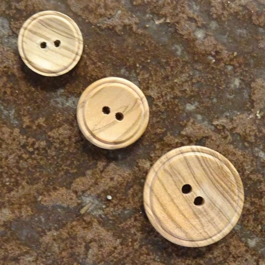 Pack of 3 Wooden Buttons