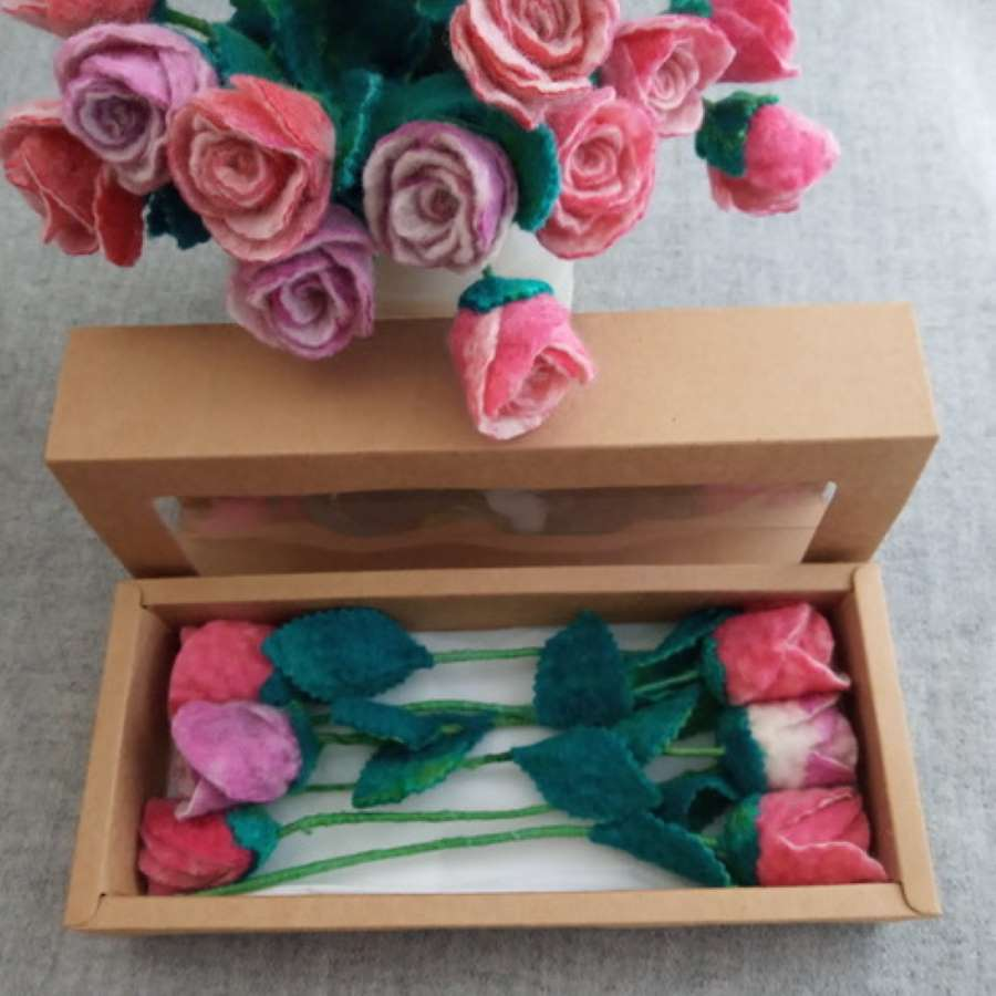 Box of Six Felt Roses
